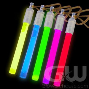 """Assorted Color Pack of 4"""" Glow Sticks"""